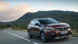 Peugeot 3008, la SUV Business del 2017