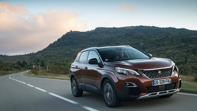 Peugeot 3008, la SUV Business del 2017