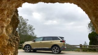La prova della nuova Peugeot 5008