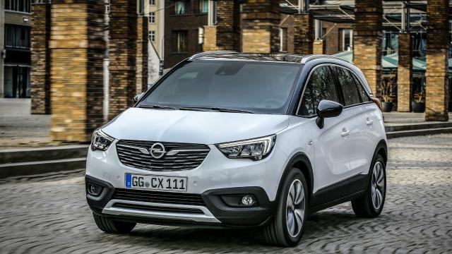 Opel Crossland X, il nuovo suv dalle linee moderne