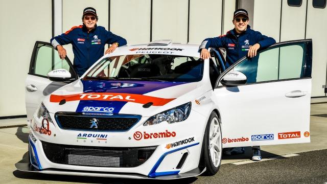 TCR Italy: con Peugeot scende in pista un pilota d'eccezione