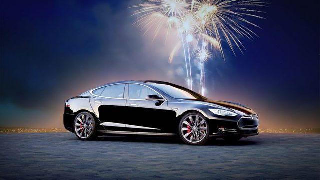 Un viaggio verso la Russia nell'elettrico di Tesla Model S