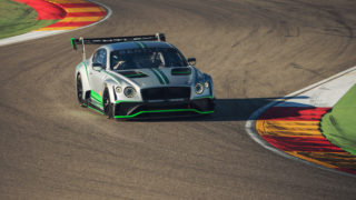 Bentley Continental GT3: lusso in pista al Blancpain