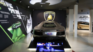 Lamborghini Aventador - The Dark Knight rises