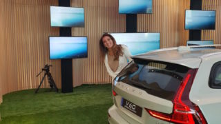 Volvo V60 Cross Country: auto con sorpresa!