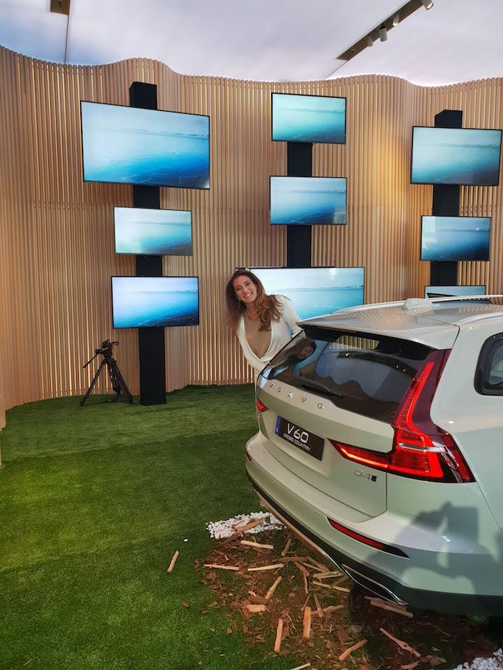 Volvo V60 Cross Country: auto con sorpresa!