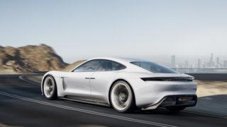 """La fabbrica della Porsche Taycan """"mangerà"""" i NOx"""