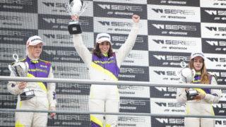 W Series: Jamie Chadwick è la prima donna a vincere una gara del nuovo Campionato al femminile