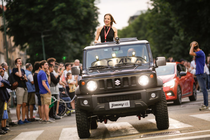 Carolina Kostner, un mix di sport ed eleganza per Suzuki a Parco Valentino