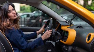 """Renault Twingo, prezzo e restyling: La """"streetcar"""" è servita. Da 11.450 euro"""