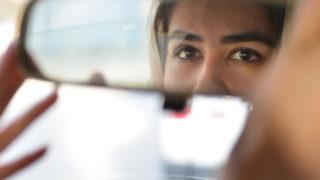 Pink Shuttle, a Kabul il primo servizio taxi delle donne per le donne
