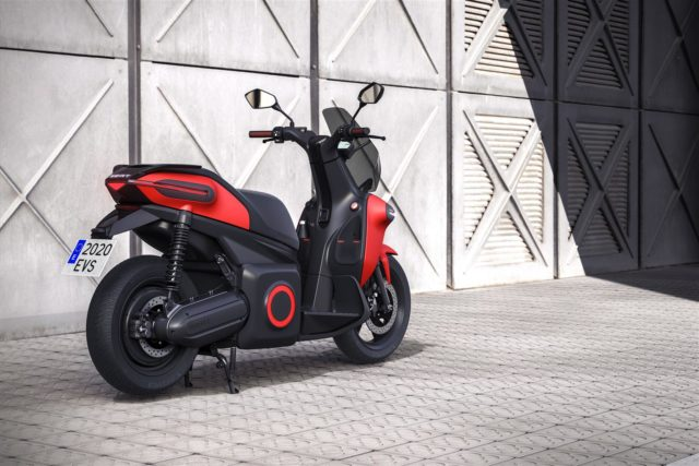 media-SEAT-creates-a-business-unit-to-promote-urban-mobility-and-presents-its-e-Scooter-concept-_04_HQ