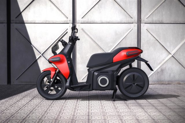 media-SEAT-creates-a-business-unit-to-promote-urban-mobility-and-presents-its-e-Scooter-concept-_05_HQ