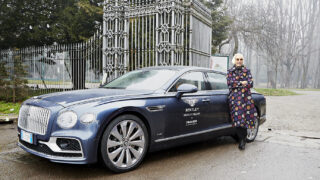 Bentley con Chiara Boni per il progetto Smile for Italy