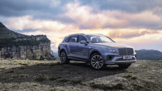 Bentley Bentayga: il restyling ha occhi come diamanti