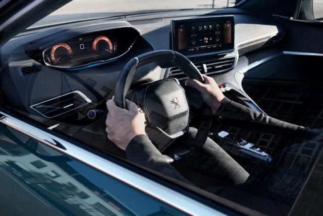 NUOVO SUV PEUGEOT 5008 - COMUNICATO IL LISTINO (5)