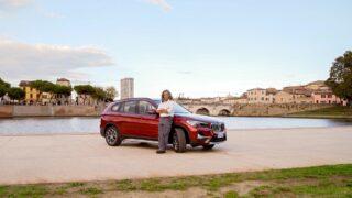 """Una BMW X1 per raccontare l'Italia col progetto di Giorgio Terruzzi """"Prendi la targa, venti tappe italiane per fare memoria"""""""